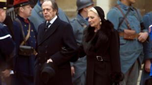 Henri d'Orleans and his wife Micaela Cousino Quinones de Leon attend a ceremony at Paris Invalides in 2008.