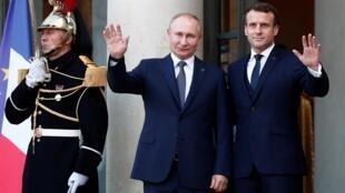 Владимир Путин и Эмманюэль Макрон в Париже, 9 декабря 2019 года