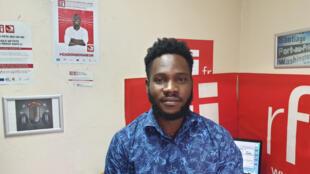 Le chanteur Mik-O au studio de RFI à Port-au-Prince.