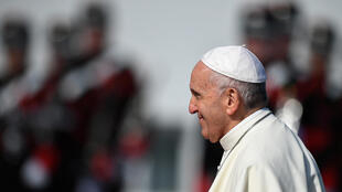 Le pape François à son arrivée à la résidence présidentielle, à Dublin, le 25 août 2018.