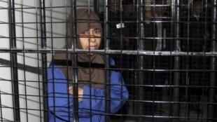 A iraquiana Sajida al-Rishawi, de 44 anos, foi condenada à morte e está presa na Jordânia por envolvimento em atentados terroristas em 2005.