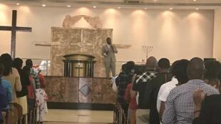 Pastor angolano Nilton Ribeiro que também está sendo pressionado pela IURD.