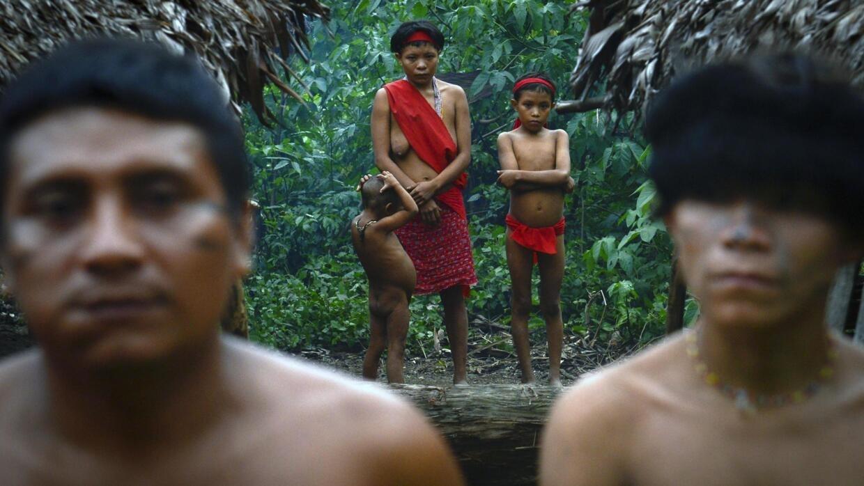 Claudia Andujar raconte en images la lutte de la tribu indienne Yanomami