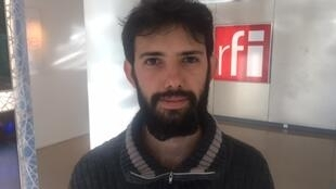 """Carlos Alberto Ferreira: encenador de """"Cidade Cega"""" em Paris."""