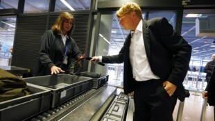 Os Estados Unidos pediu reforço de segurança nos aeroportos da Europa.