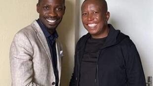 Bobi Wine et Julius Malema lors de leur rencontre en Afrique du Sud.