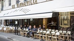 Фасад ресторана Vaudeville