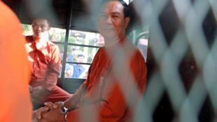 Um Sam An, luật sư của Đảng Cứu Nguy Dân Tộc CNRP, bị cảnh sát đưa tới Tòa án Tối cao Phnom Penh, Campuchia vào 09/02/2018.