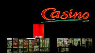 O grupo de supermercados Casino deve assumir o controle do Pão de Açúcar em junho.