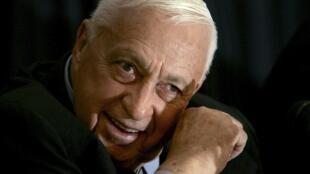 លោកអតីតនាយករដ្ឋមន្រ្តីអ៊ីស្រាអែល  Ariel Sharon