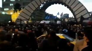تظاهرات علیه خامنهای در ایران پس از فاجعهآفرینی مرگبار سپاه پاسداران
