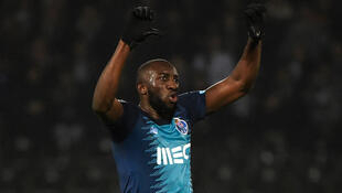 Moussa Marega a reagir aos cânticos racistas contra ele antes de deixar o campo. Estádio Dom Afonso Henriques, Guimarães. 16 de Fevereiro de 2020.