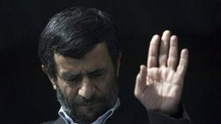 Israel acusa o presidente iraniano Mahmoud Ahmadinejad (foto) pelos ataques sofridos recentemente.