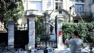 تصویر منتشر شده پس از حمله به سفارت ایران در پاریس