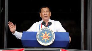 Tổng thống Rodrigo Duterte đọc diễn văn mừng 120 năm ngày lập quốc 12/06/2018.