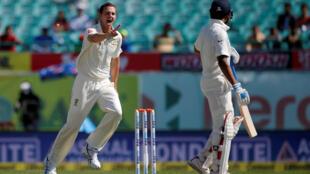 Australia's Josh Hazlewood celebrates after dismissing India's Murali Vijay in the fourth Test match in Dharamsala on Sunday.