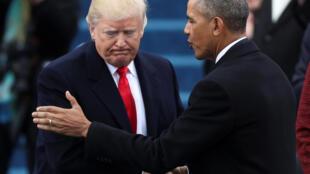 Ông  Obama và Trump (T) tại lễ nhậm chức của tân tổng thống Mỹ, ngày 20/01/2017.