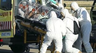 O missionário Miguel Pajares, que contraiu o Ebola, chega à Espanha