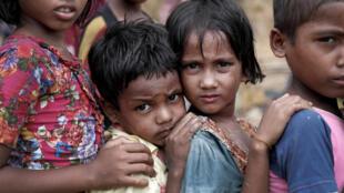 Những đứa trẻ Rohingya trong trại tị nạn Cox's Bazar, Bangladesh, ngày 21/09/2017.
