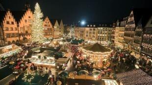 Một khu vực trong chợ Giáng Sinh Strasbourg, Pháp. Ảnh minh họa.