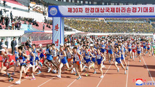 Cuộc chạy đua việt dã tại Bình Nhưỡng, Bắc Triều Tiên, ngày 07/04/2019. (Ảnh do KCNA cung cấp)