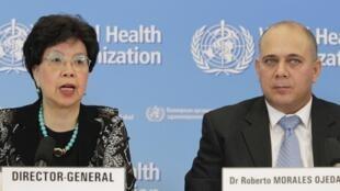 A diretora da OMS, Margaret Chan, e o ministro da Saúde cubano, Roberto Morales Ojeda, dão entrevista na sede da agência da ONU em Genebra.
