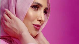Em prol da diversificação da beleza a marca L'Oreal é o novo rosto do comercial da L'Oréal.
