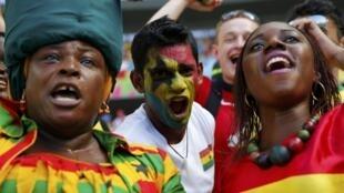 Torcedores de Gana durante os jogos da Copa do Mundo.