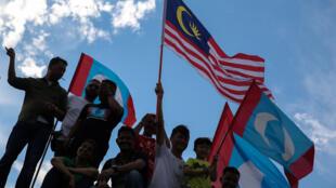 Malaysia : Người ủng hộ ông Mahathir mừng thắng lợi của phe đối lập. Ảnh 10/05/2018, tại Kuala Lumpur.