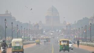 Ô nhiễm không khí nặng nề ở Rashtrapati Bhavan và các khu công sở, New Delhi, Ấn Độ. Ảnh chụp ngày 15/10/2019