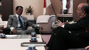 O Ministro brasileiro, Mauro Vieira, durante reunião de trabalho nesta quarta-feira (29) com o chanceler japonês, Fumio Kishida