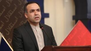 عاطف مشعل، سفیر افغانستان در اسلامآباد به یکی از دفاتر محلی آی اس آی احضار شده بود.
