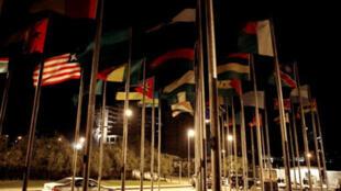 Государственные флаги стран-членов Африканского Союза. Аддис-Абеба. Эфиопия