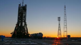A missão decola nesta quinta-feira (17) de Baikonou, no Cazaquistão, e chega no sábado (19) à ISS, que orbita a 28.000 km/h a 400 km da Terra.