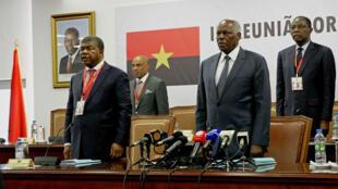 Joã Lourenço, candidato do MPLA, e José Eduardo dos Santos, presidente cessante angolano.