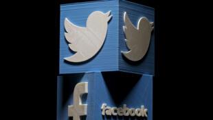 Twitter, Facebook đều đau đầu trước những tài khoản giả hiệu được lập ra để bóp méo thông tin.