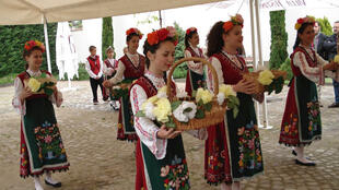 Le tourisme du vin, de plus en plus à la mode en Bulgarie. Ici, l'accueil dans le domaine de Yustina.