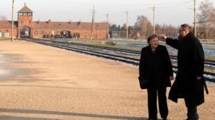 La chancelière allemande Angela Merkel à Auschwitz le 6 décembre 2019.