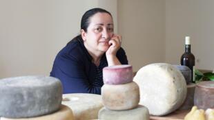 «Я чувствую сыр, я разговариваю с ним», — признается сыродел Анна Микадзе-Чикваидзе.