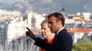 La chancelière allemande Angela Merkel et le président français Emmanuel Macron, le 7 septembre 2018 à Marseille.法德兩國首腦在馬賽 2018年9月7日