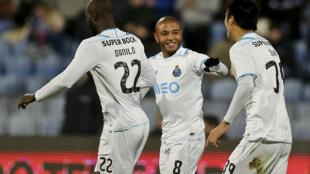 Jogadores do FC Porto tentam apuramento para a final esta noite.
