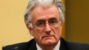 O ex-líder dos sérvios da Bósnia, Radovan Karadzic.