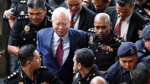 Cựu thủ tướng Malaysia NajibRazak trình diện tòa án tại Kuala Lumpur. Ảnh ngày 04/07/2018.