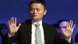 Jack Ma- Mã Vân, gương mặt tiêu biểu của tư bản TQ thế kỷ 21 tại Diễn đàn Davos 2017.