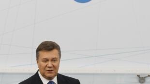 Виктор Янукович на конференции в Ялте 20/09/2013