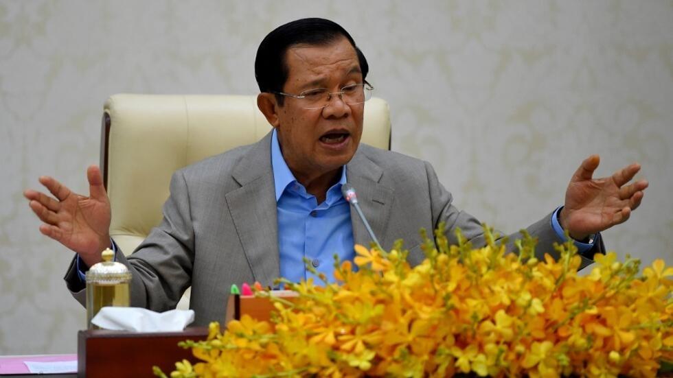 Le Premier ministre cambodgien Hun Sen s'exprime face aux journalistes sur les mesures prises par le gouvernement contre le coronavirus à Phnom Penh, le 30 janvier 2020.