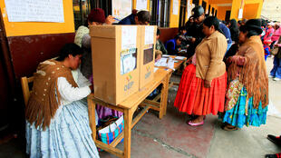 os bolivianos foram às urnas neste fim de semana para eleger 26 juízes em uma votação marcada por controvérsias e também por críticas ao governo do presidente Evo Morales.