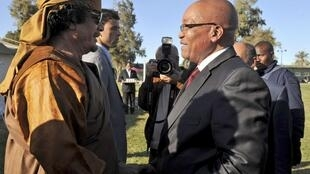 Moamer Kadhafi and South African President Jacob Zuma, Tripoli, 10 April 2011