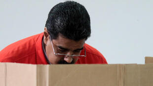 Presidente Nicolas Maduro foi o primeiro eleitor a votar 30/07/2017.