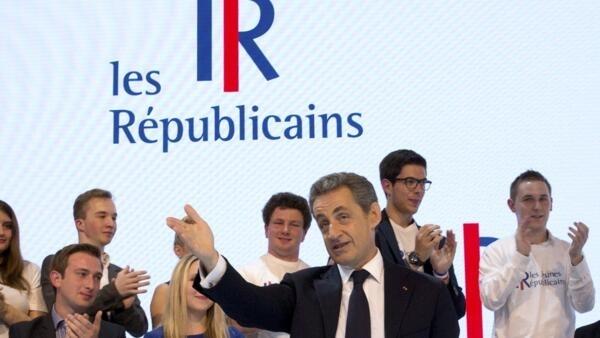 """Nicolas Sarkozy anunciou a mudança de nome da principal formação da direita francesa, que passa a se chamar """"Os Republicanos"""" (Les Républicains)"""